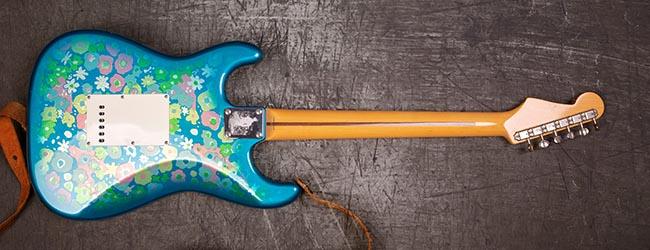 Fender-Stratocaster-2002-Blue-Flower-Power_2