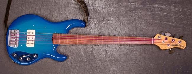 music-man-fretless-5-string
